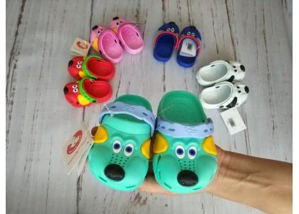 Как выбирать детские кроксы правильно